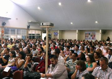 Mais de 600 líderes do Brasil e outros países participam das edições anuais do Congresso da Restauração.
