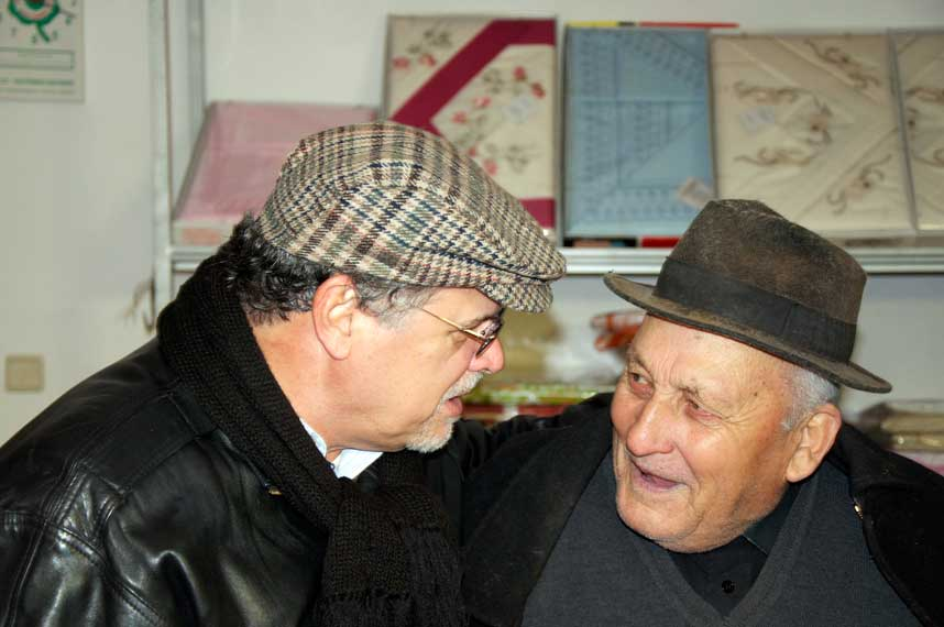"""Marcelo Guimarães conversa com um judeu """"marrano"""" em Belmonte"""
