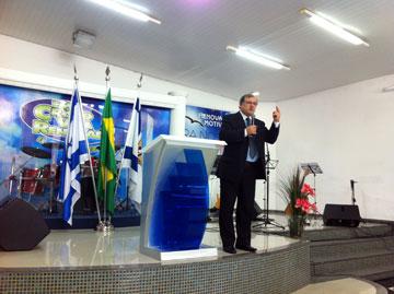 "Rabino Marcelo dá abertura ao Congresso falando sobre a ""Graça e a Lei"""