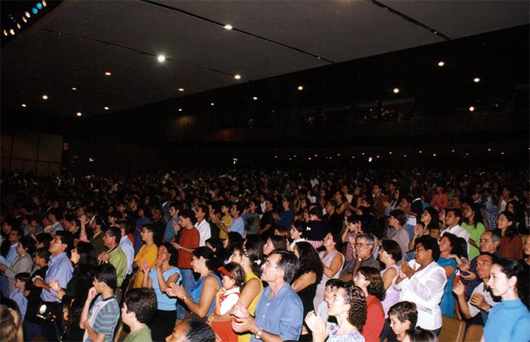 Celebração da Festa de Pêssach no Teatro do Minas Centro - BHte - Abril/1999
